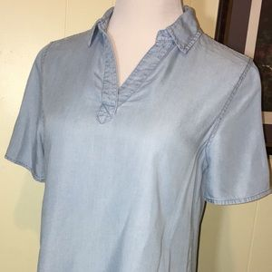 Chico's size 0 denim top